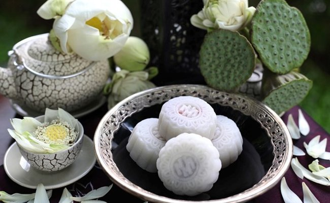 vietnamese traditional snow skin mooncake hinh 1