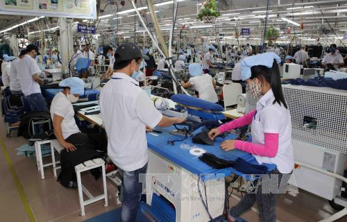 vietnam' economy shows resilience against global headwinds hinh 0
